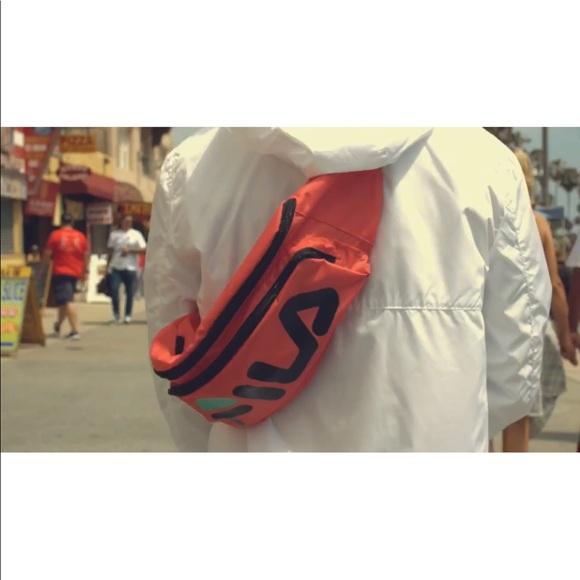 40f0f42a0e1b Fila volleyball waist pack   sling bag